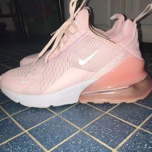 Nike Air Max 270 light pink